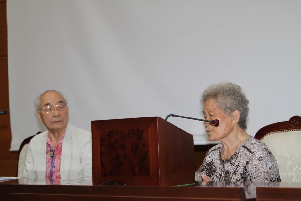 특히 13살에 나이에 일본의 한 공장에 끌려가 고된 노동을 한 김정주 할머니(오른쪽) 등 강제동원 피해자들의 증언도 이어졌다.
